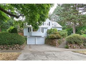Photo of 8016 SE 28TH AVE, Portland, OR 97202 (MLS # 19239235)