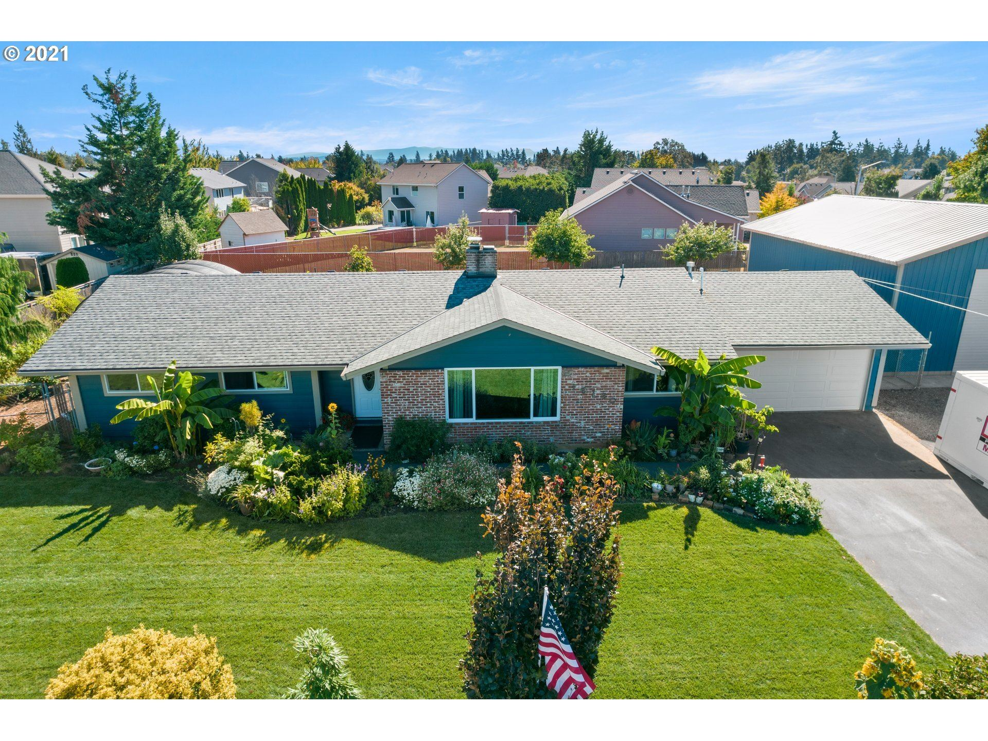 19130 S END RD, Oregon City, OR 97045 - #: 21402235