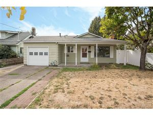 Photo of 2617 SE 67TH AVE, Portland, OR 97206 (MLS # 19252236)