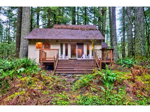 Photo of 75202 E ROAD 28B lot 5, Rhododendron, OR 97049 (MLS # 19565238)
