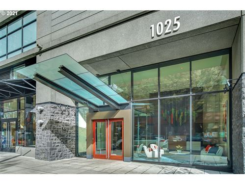 Photo of 1025 NW COUCH ST #516, Portland, OR 97209 (MLS # 21277240)