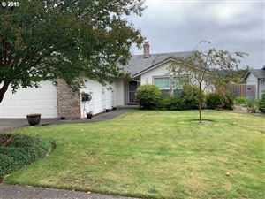 Photo of 702 SW DUNIWAY AVE, Gresham, OR 97030 (MLS # 19147241)