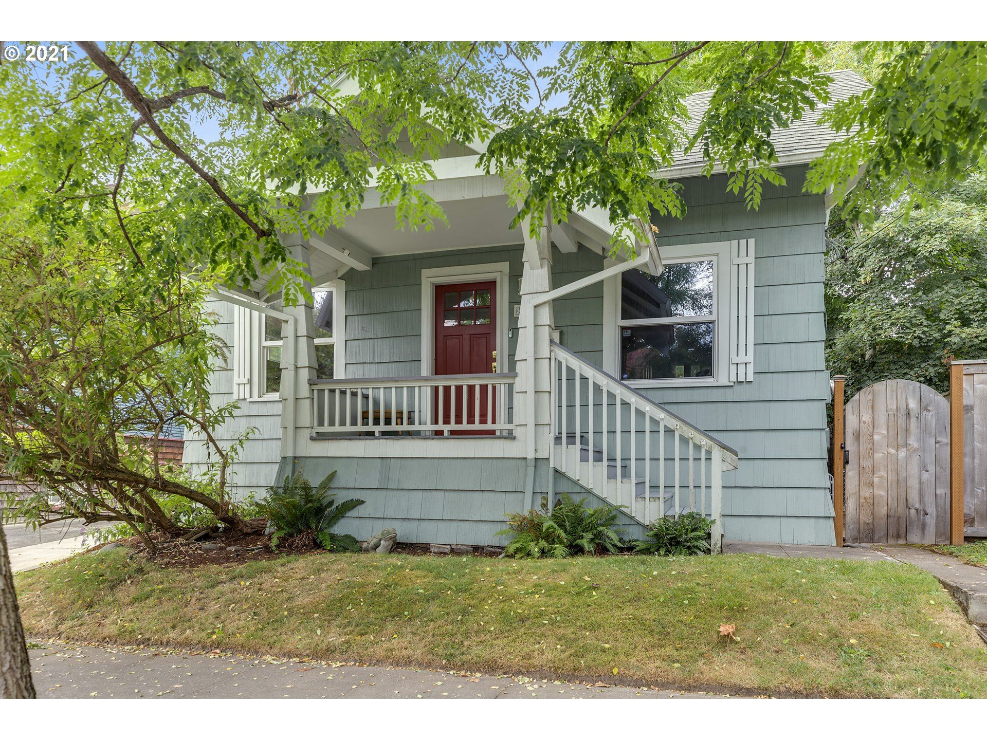 2031 SE 44TH AVE, Portland, OR 97215 - MLS#: 21650243