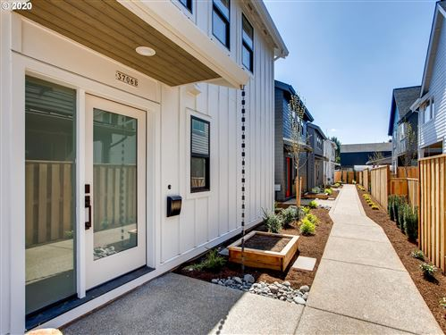 Photo of 3706 SE 67th AVE #B, Portland, OR 97206 (MLS # 20387249)