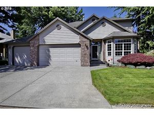 Photo of 434 NW RIVERVIEW WAY, Gresham, OR 97030 (MLS # 19202251)