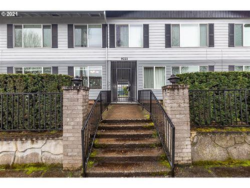 Photo of 9221 N LOMBARD ST #5, Portland, OR 97203 (MLS # 21100251)