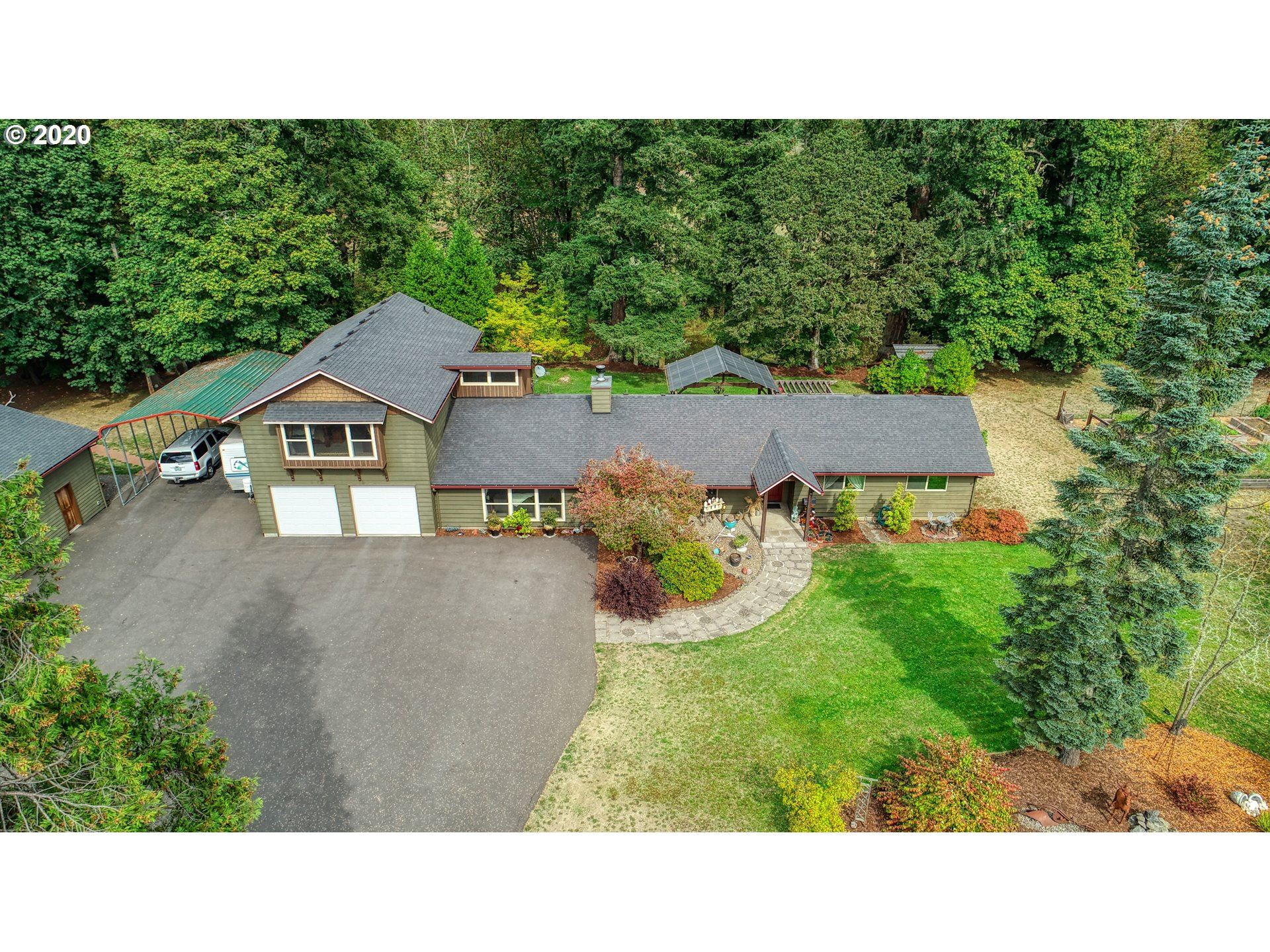 Photo for 38647 HWY 58, Dexter, OR 97431 (MLS # 20255251)