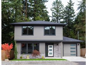 Photo of 9034 SW 49TH AVE, Portland, OR 97219 (MLS # 19057252)