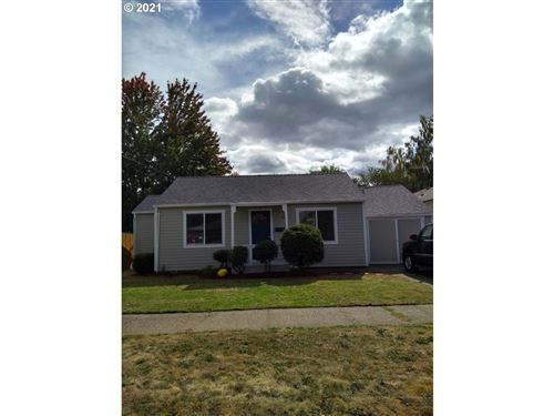 Photo of 234 NW 12TH ST, McMinnville, OR 97128 (MLS # 21515254)