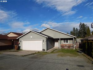 Photo of 205 BERTHEL AVE, Canyonville, OR 97417 (MLS # 18470256)