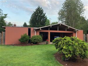 Photo of 7195 SW 86TH AVE, Portland, OR 97223 (MLS # 19600256)