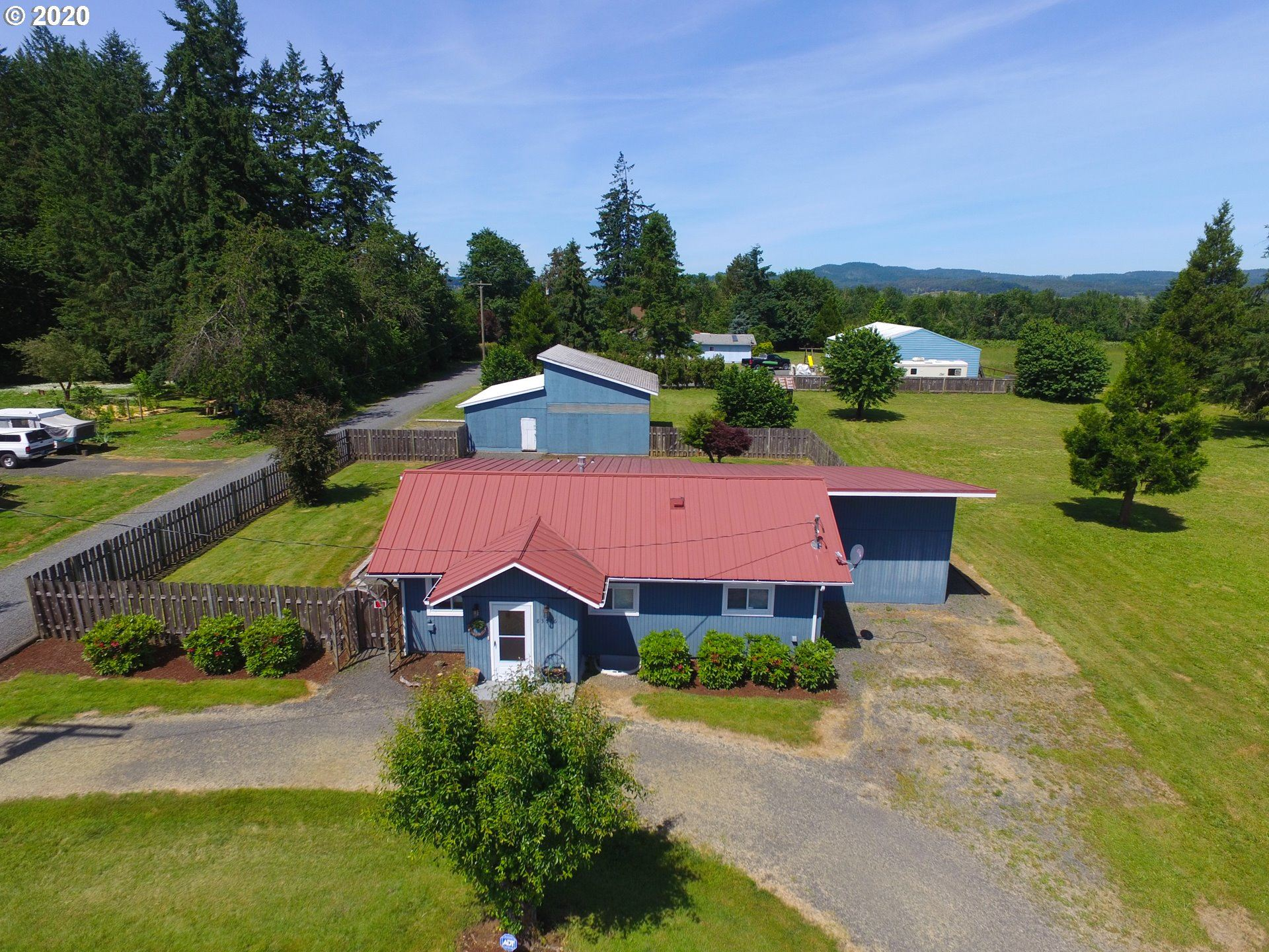 Photo for 83576 N HARVEY RD, Creswell, OR 97426 (MLS # 20377258)