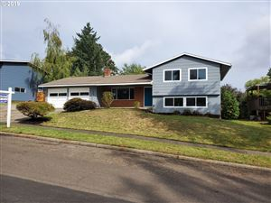 Photo of 11175 SW CLIFFORD ST, Beaverton, OR 97008 (MLS # 19439261)