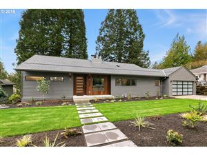 Photo of 4600 SW FAIRVIEW BLVD, Portland, OR 97221 (MLS # 19123262)