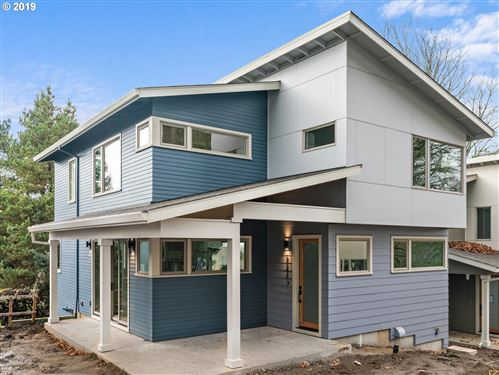 Photo of 6247 SE Yamhill ST, Portland, OR 97215 (MLS # 19327262)