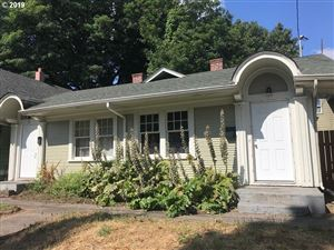 Photo of 9 SE 30TH PL, Portland, OR 97214 (MLS # 19677262)