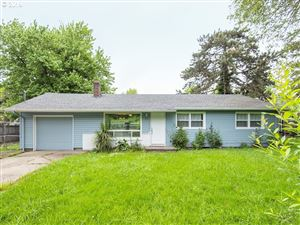 Photo of 9047 SE CRYSTAL SPRINGS BLVD, Portland, OR 97266 (MLS # 19423264)