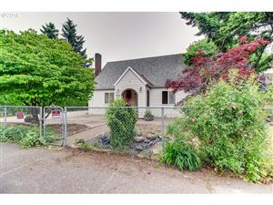 Photo of 410 SE 172ND AVE, Portland, OR 97233 (MLS # 19332266)