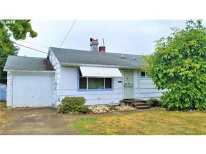 Photo of 1912 SE 92ND AVE, Portland, OR 97216 (MLS # 19551266)