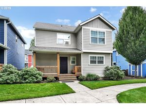 Photo of 8917 N DWIGHT AVE, Portland, OR 97203 (MLS # 19482267)