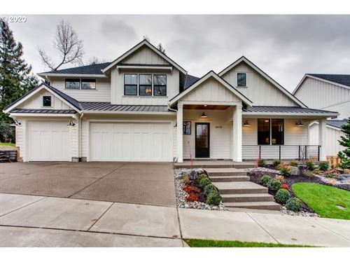 Photo of 2410 SW 75th TER, Portland, OR 97225 (MLS # 20608268)