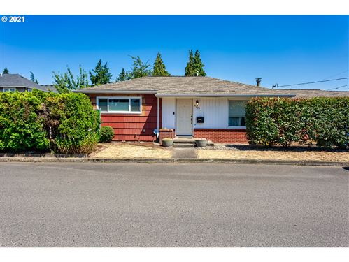 Photo of 6233 SE MITCHELL ST, Portland, OR 97206 (MLS # 21636268)