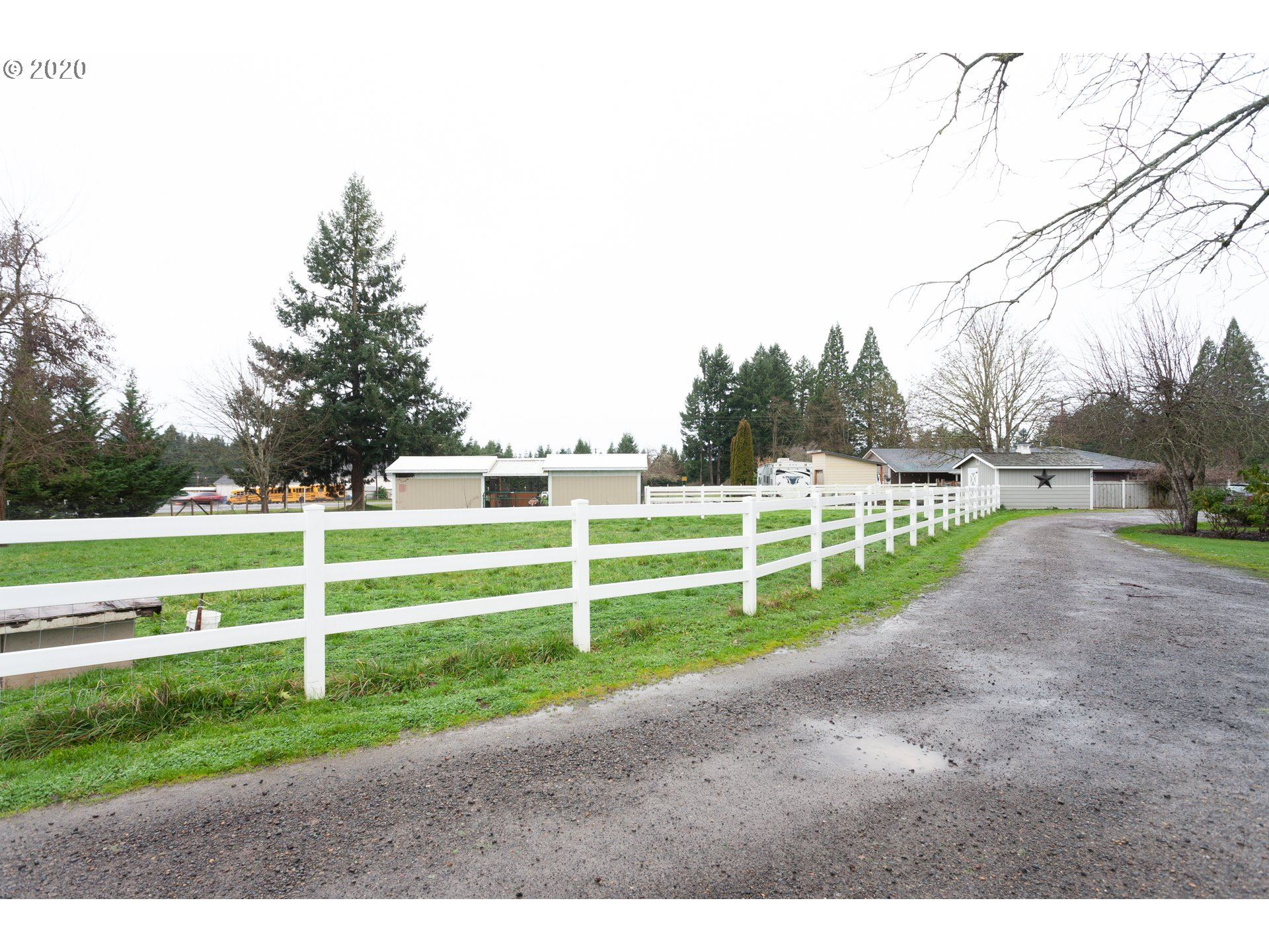 Photo for 36423 JOLENE DR, Pleasant Hill, OR 97455 (MLS # 20230268)