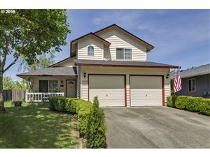 Photo of 2819 22ND PL, Forest Grove, OR 97116 (MLS # 19580269)
