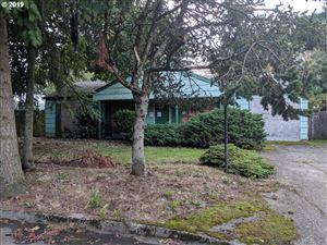 Photo of 401 NE 186TH AVE, Portland, OR 97230 (MLS # 19460270)