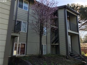 Photo of 13410 SE POWELL BLVD, Portland, OR 97236 (MLS # 19252272)