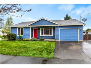 Photo of 13715 SE CLAYBOURNE ST, Portland, OR 97236 (MLS # 19665278)