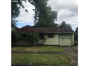 Photo of 2124 N WINCHELL ST, Portland, OR 97217 (MLS # 19527281)