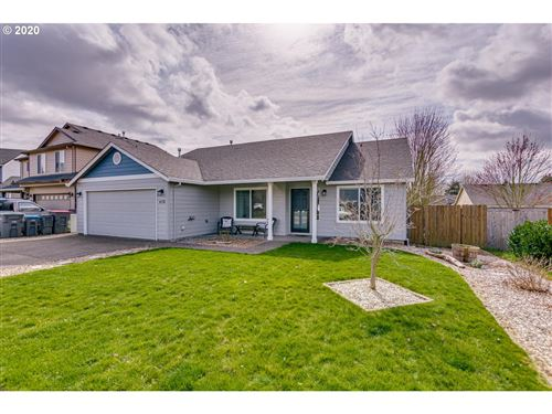 Photo of 678 NE GOLDEN LEAF LN, McMinnville, OR 97128 (MLS # 20681284)