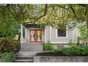 Photo of 1020 NE SUMNER ST, Portland, OR 97211 (MLS # 19371286)