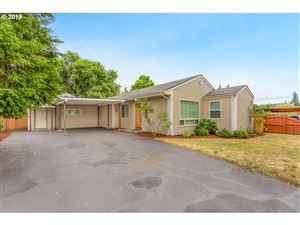 Photo of 4418 SE 114TH AVE, Portland, OR 97266 (MLS # 19626289)