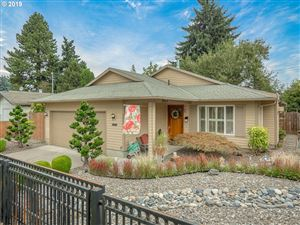 Photo of 9903 N JERSEY ST, Portland, OR 97203 (MLS # 19434290)
