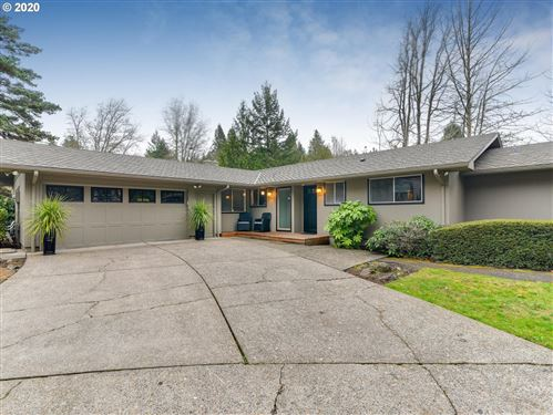 Photo of 6735 SW PARKWEST LN, Portland, OR 97225 (MLS # 20657291)