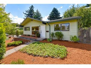 Photo of 1945 SE 77TH AVE, Portland, OR 97215 (MLS # 19549293)