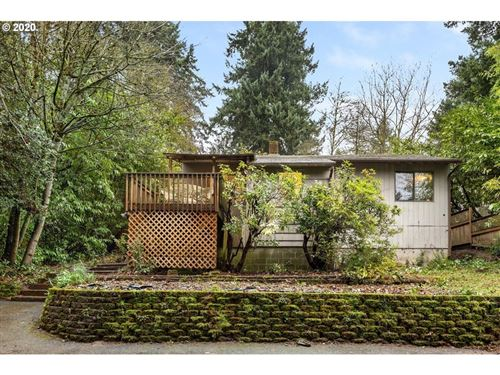Photo of 4136 SW PRIMROSE ST, Portland, OR 97219 (MLS # 20582293)