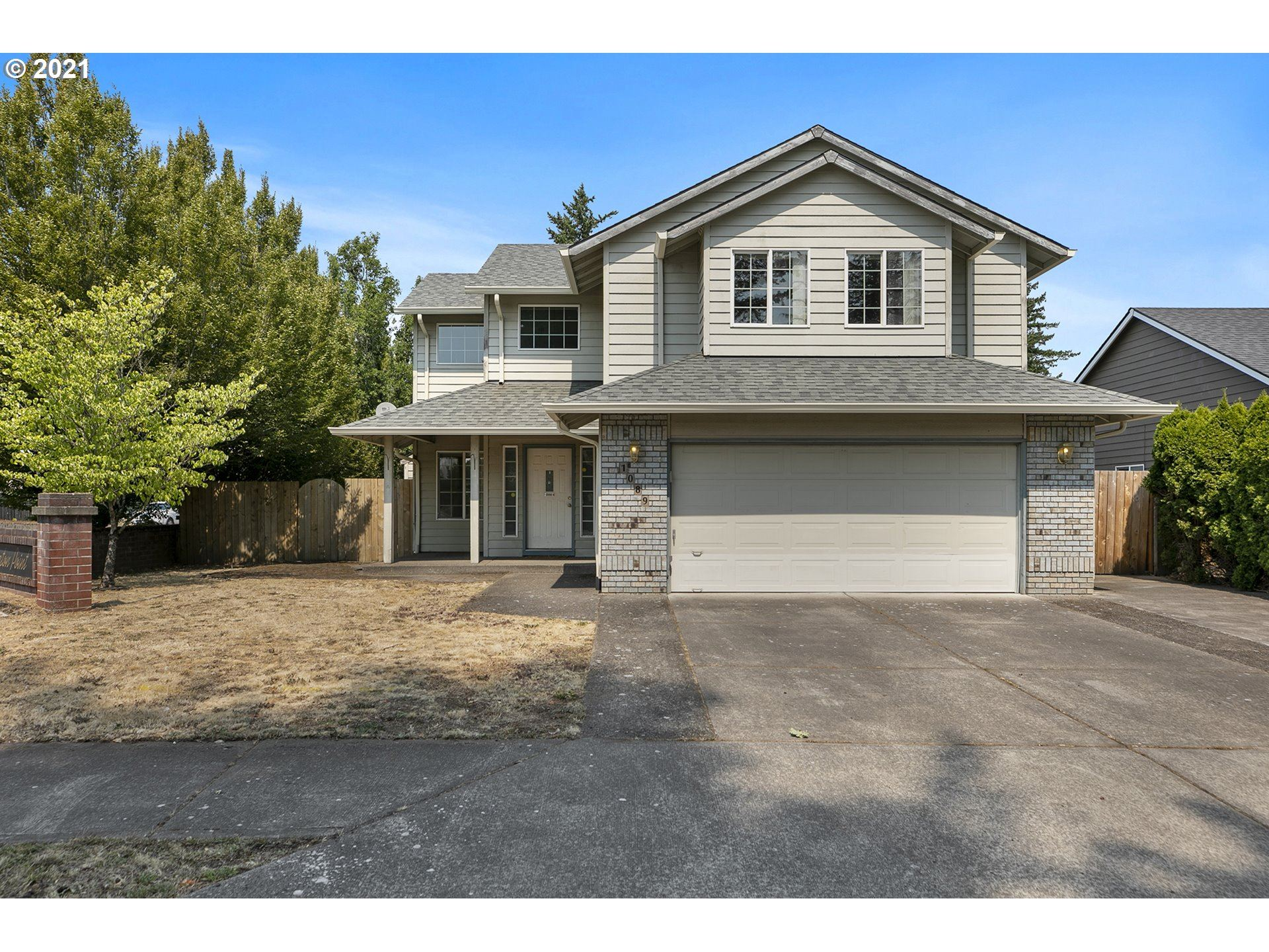 1089 SW 26TH ST, Troutdale, OR 97060 - MLS#: 21189295