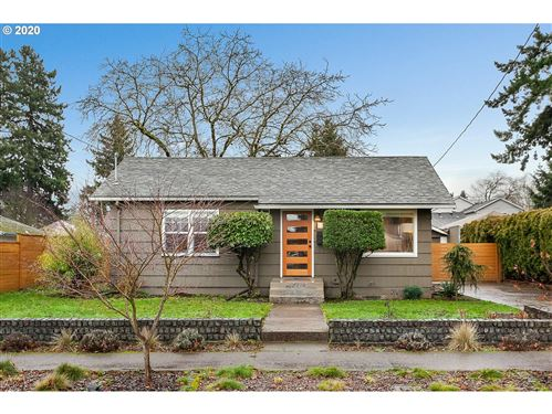 Photo of 6310 SE KNIGHT ST, Portland, OR 97206 (MLS # 20423297)