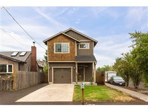 Photo of 3931 SE 97TH AVE, Portland, OR 97266 (MLS # 19450298)