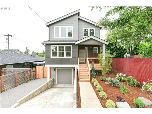 Photo of 8045 SE 45TH AVE, Portland, OR 97206 (MLS # 20434298)
