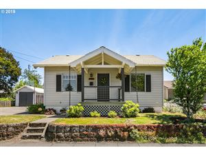 Photo of 4430 SE 58TH AVE, Portland, OR 97206 (MLS # 19040301)