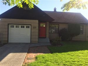 Photo of 2640 SE 115TH AVE, Portland, OR 97266 (MLS # 19063301)
