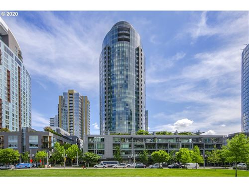 Photo of 3601 SW RIVER PKWY #2701, Portland, OR 97239 (MLS # 20254302)