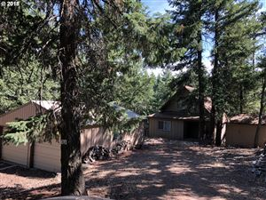 Photo of 304 OAK PARK LN, Tygh Valley, OR 97063 (MLS # 18640304)