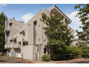 Photo of 614 SW NEVADA ST D #D, Portland, OR 97219 (MLS # 19185304)