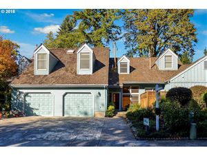 Photo of 15252 BOONES WAY, Lake Oswego, OR 97035 (MLS # 18587309)