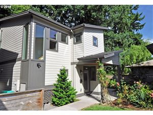 Photo of 7655 SE SHERMAN CT, Portland, OR 97215 (MLS # 19269309)